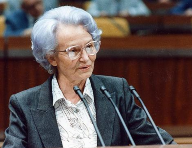 Margot 'Lila Hexe' Honecker